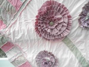 ruffled large flower rag quilt pattern