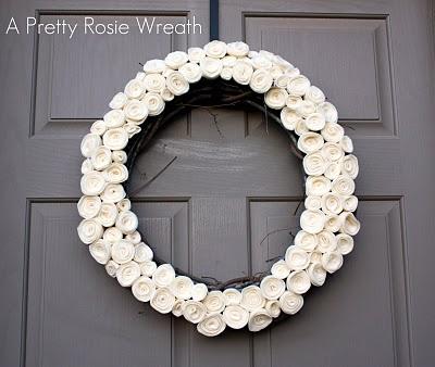 http://1.bp.blogspot.com/_RnXoW2W4kyI/TDast6Kh5MI/AAAAAAAABLk/i7oo7XWZw0c/s1600/Rosy+Wreath.jpg