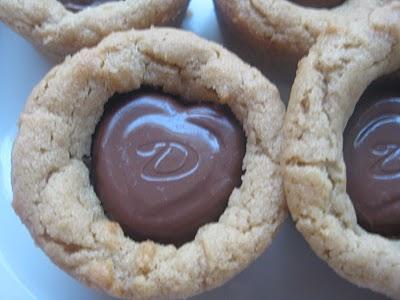 http://3.bp.blogspot.com/_B3ZvTVxOT3I/TUwyTOawCxI/AAAAAAAAAj4/ilDIfqAQAb4/s1600/Valentine+Cookies+019.jpg